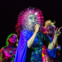Bjork + Biophilia + Bowl  = Brilliant (Concert Review)